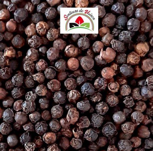 grains de poivre noir fumé de Penja Cameroun